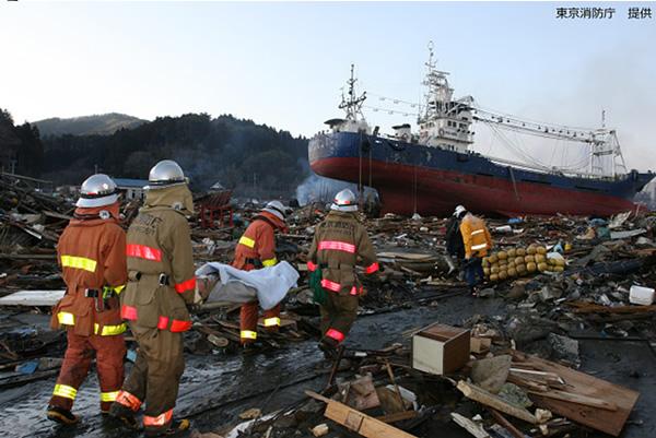宮城県気仙沼市における緊急消防援助隊活動写真